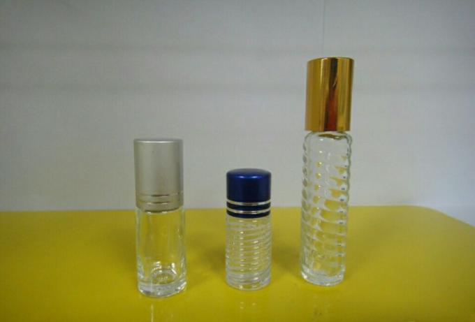 Automatisk lille rund flaske vandret hætteglasmærkning til selvklæbende mærkat