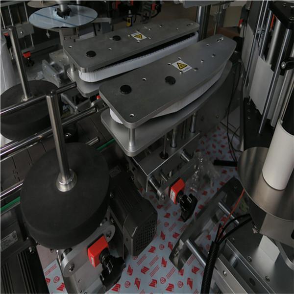 Enkeltsidet firkantet flaskemærkningsmaskine til drikkevarer / daglig kemisk industri