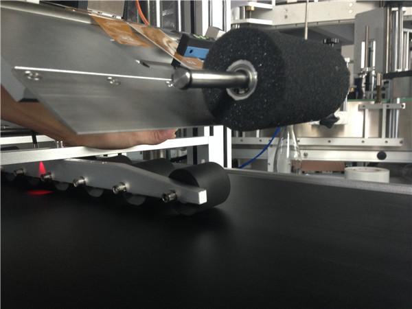 Paging Selvklæbende mærkningsmaskine til hængemærke / kort / taske 200 kg