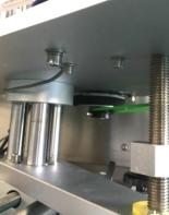 up-press mekanisme topflasker automatisk flaskemærkermaskine med CE-certifikat