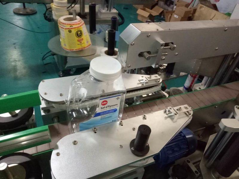 Kina SUS304 kabinet to sider firkantet flaske klistermærke mærkning maskine med personlig pleje produkter leverandør
