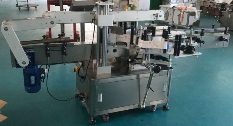 Kina Automatisk flad flaske glas flaske mærkning maskine, klistermærke etiket maskine leverandør
